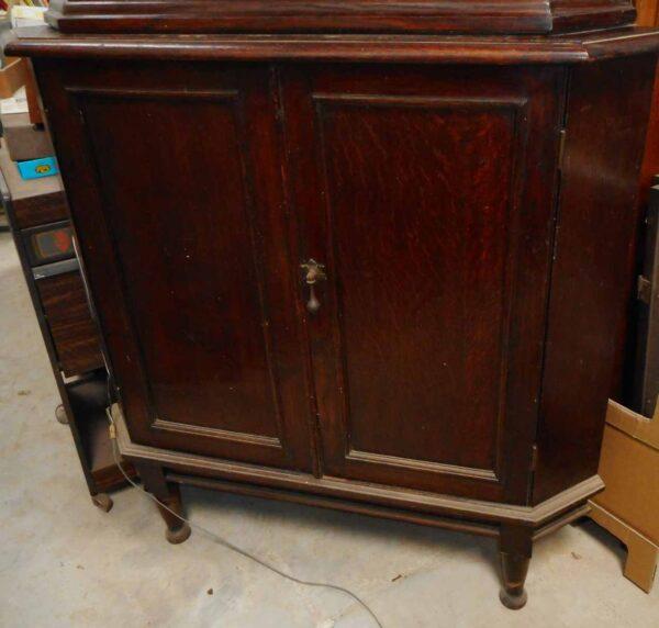 corner-cabinet-1